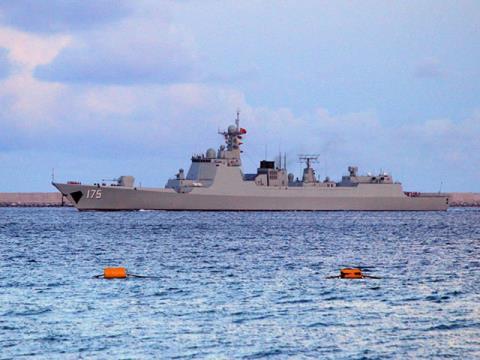 Trung Quốc dồn Type 052D xuống Biển Đông - Ảnh 1.