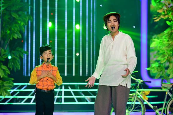 """Hát về nỗi đau mất chị gái, """"cậu bé nghèo"""" khiến Hoài Linh phát khóc - Ảnh 11."""