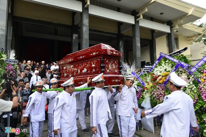 NSƯT Quang Lý được tiễn đưa trong giai điệu Thuyền và biển - Ảnh 11.