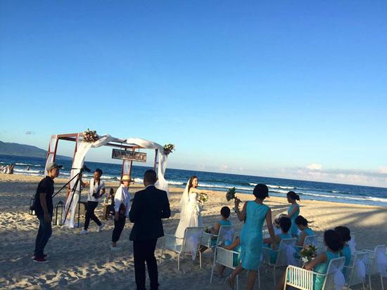 Ảnh cưới đẹp như mơ của MC thời tiết đẹp nhất VTV - Ảnh 11.