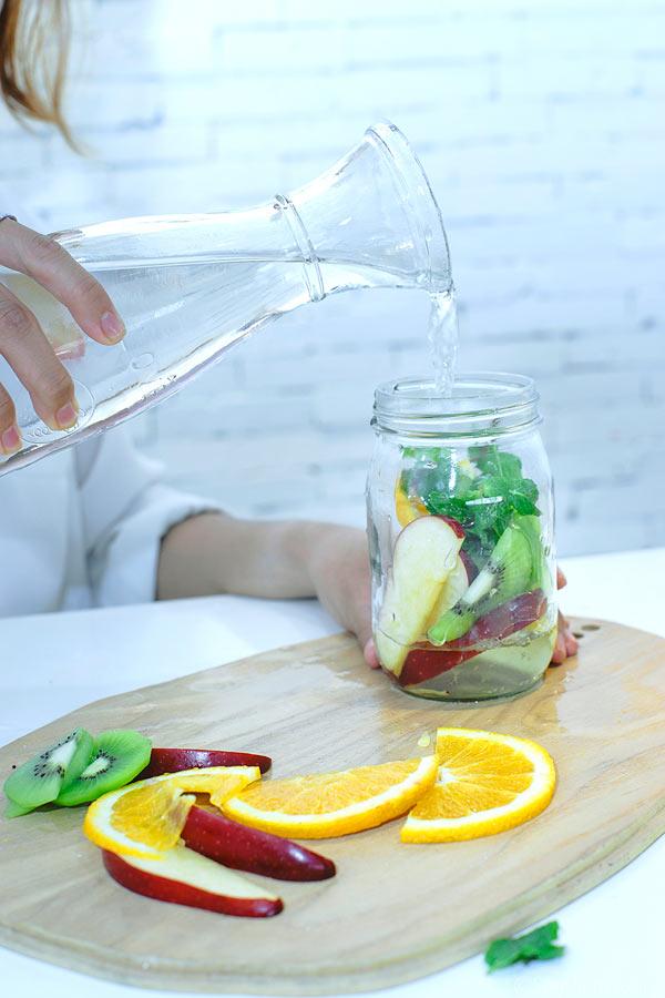 2 phút làm detox từ nước trái cây thanh lọc cơ thể - ảnh 12
