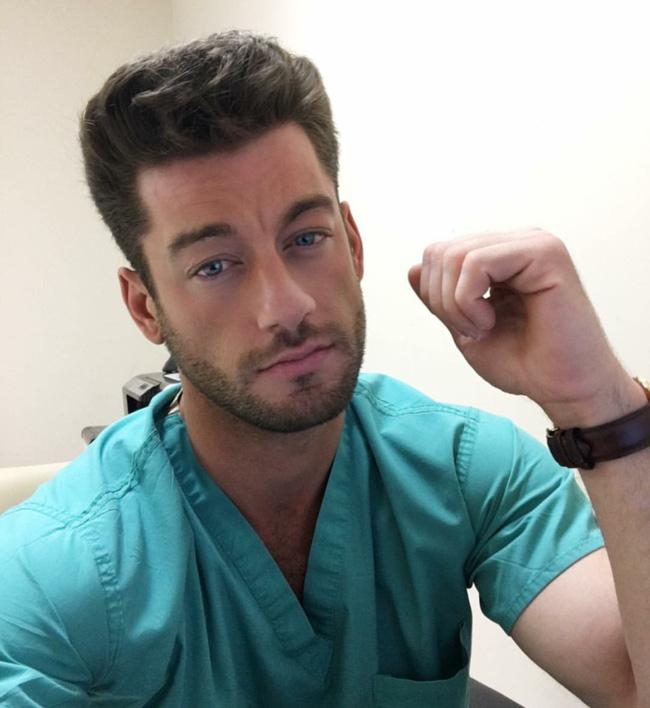 6 anh chàng bác sỹ hot nhất, sexy nhất và được hâm mộ nhất trên Instagram! - Ảnh 17.