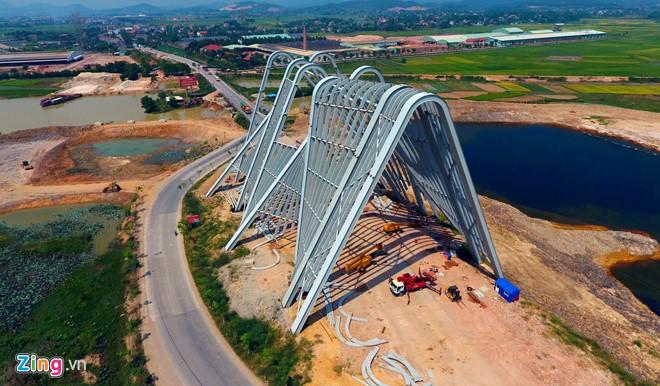 Cổng chào Quảng Ninh hoành tráng nhất Việt Nam - Ảnh 2.