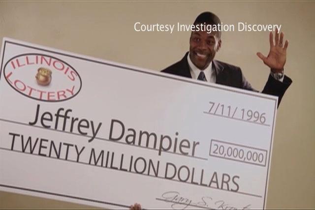 Mặt tối của tấm vé số triệu đô: Ước gì tôi chưa từng trúng giải - Ảnh 3.