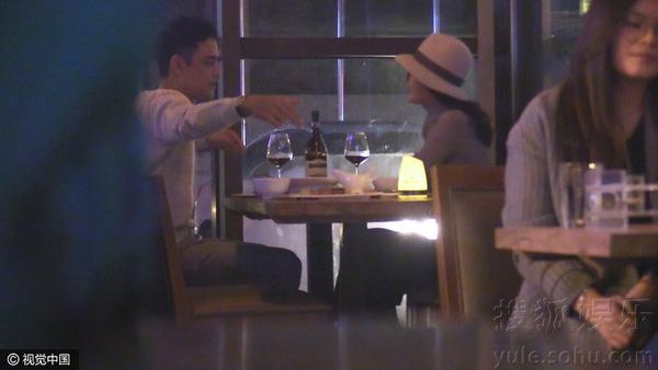 Lộ ảnh hẹn hò của Hoàng tử ếch Minh Đạo và người đẹp Hoàn Châu Cách Cách - Ảnh 3.