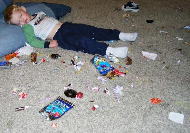 9 điều thực sự xảy ra bên trong cơ thể khi bạn ăn quá nhiều đường - Ảnh 3.
