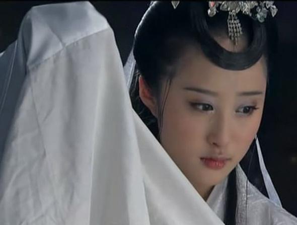 Hằng Nga tiên tử xấu - đẹp trên màn ảnh Hoa ngữ - Ảnh 3.