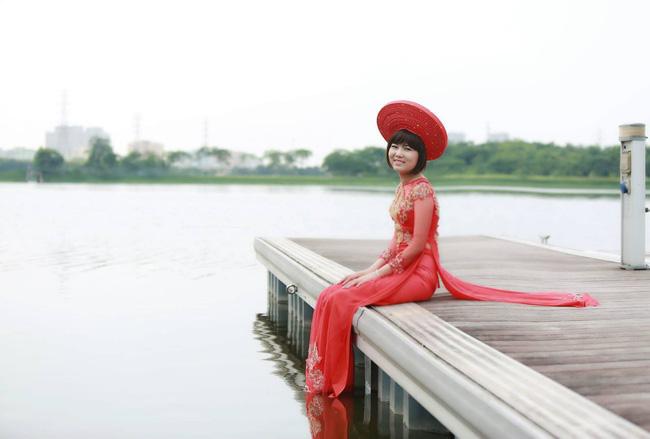 Khi cộng đồng photoshop chung tay đem hồ sen đến với 2 cô gái ung thư máu ở Hà Nội - Ảnh 4.