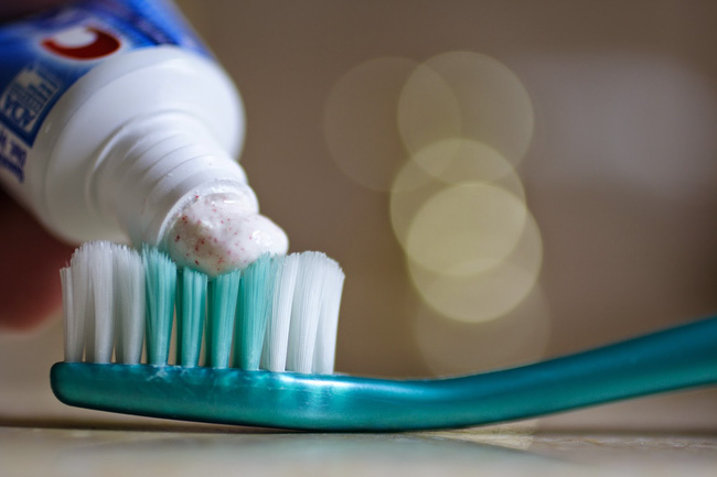 Tại sao ở nhiều khách sạn 4-5 sao, gì cũng có, trừ kem và bàn chải đánh răng? - Ảnh 4.