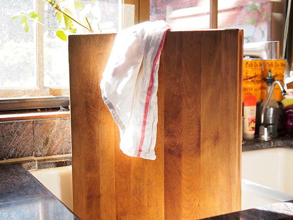 Cứ lấy chanh và muối chà lên thớt gỗ rồi bạn sẽ hiểu công dụng - Ảnh 5.