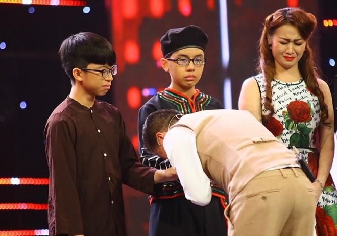 Cẩm Ly khóc nức nở trên ghế nóng vì nhớ Minh Thuận - Ảnh 4.
