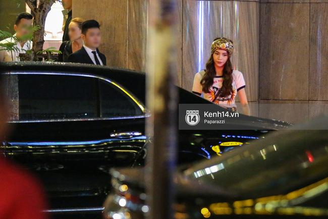 Hồ Ngọc Hà bị bắt gặp lái xe của đại gia Chu Đăng Khoa đi dự sự kiện - Ảnh 5.