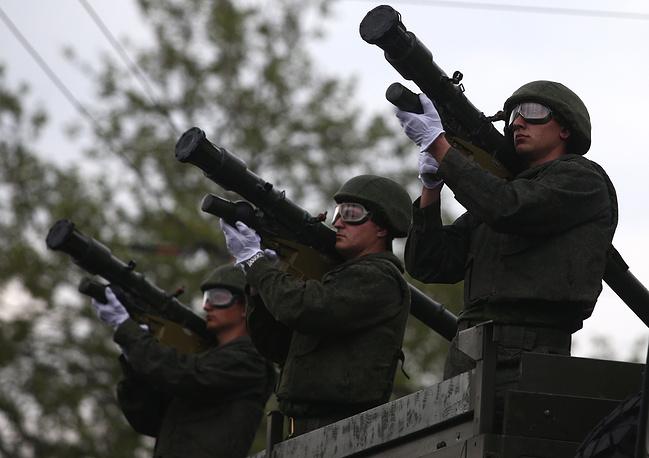 Lục quân Nga khoe hàng chủ lực  - Ảnh 5.