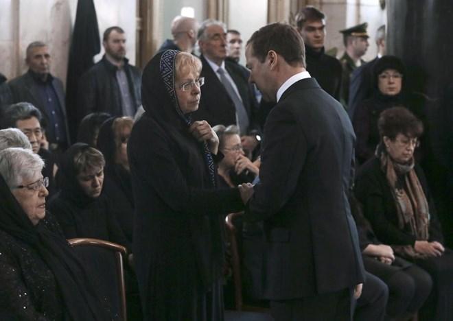 [Photo] Tổng thống Putin và lãnh đạo Nga tiễn biệt Đại sứ Karlov - Ảnh 5.