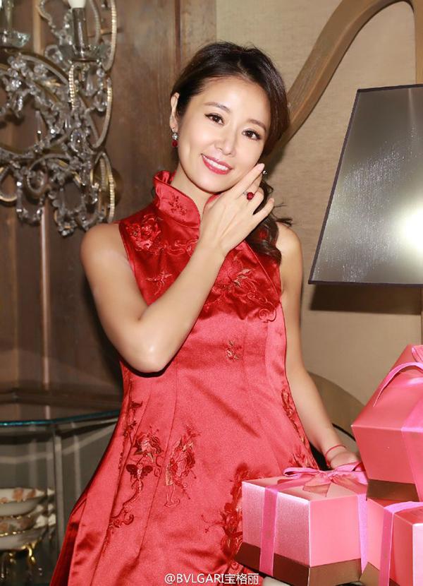 1 tỷ đô la Hồng Kông là giá trị số nữ trang Lâm Tâm Như đeo trong hôn lễ - Ảnh 5.