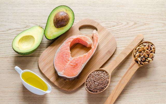 Cholesterol cao rất nguy hiểm, đây là 10 lời khuyên giúp bạn phòng tránh - Ảnh 5.