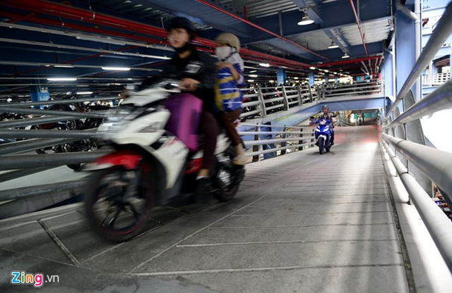 Nhà để xe 5 sao ở sân bay Tân Sơn Nhất - Ảnh 6.