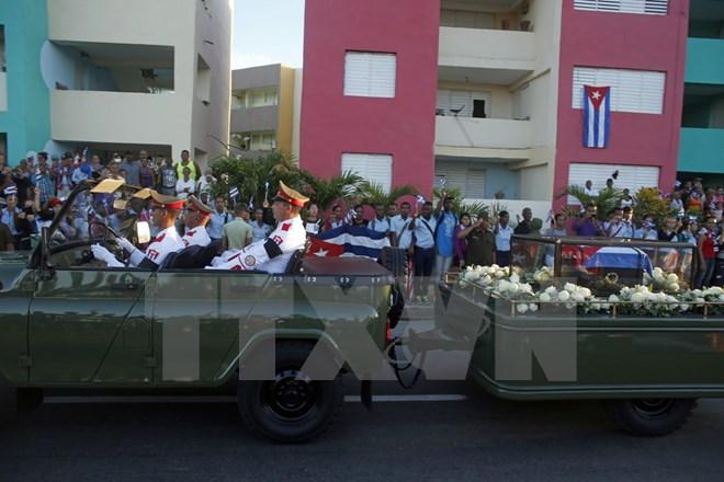 Hình ảnh lễ an táng tro cốt của lãnh tụ Cuba Fidel Castro Ruz  - Ảnh 6.