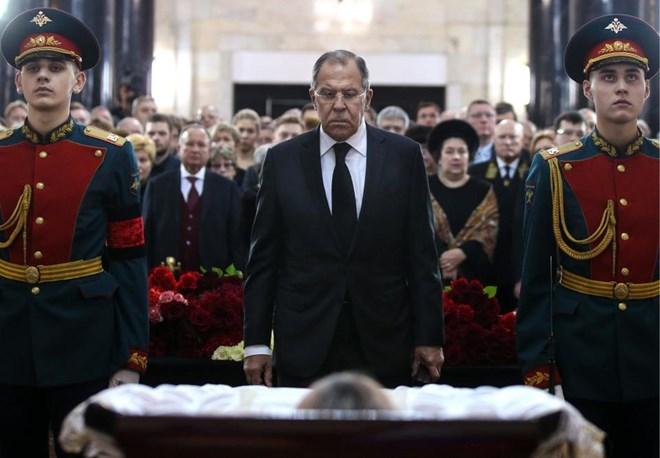 [Photo] Tổng thống Putin và lãnh đạo Nga tiễn biệt Đại sứ Karlov - Ảnh 6.