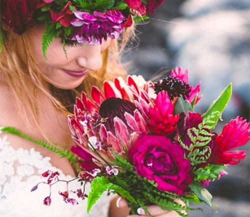 Đôi trẻ liều lĩnh chụp ảnh cưới bên miệng núi lửa - Ảnh 6.