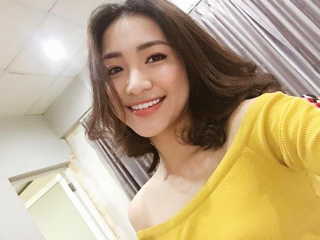 Đáp trả tin đồn PTTM, Hòa Minzy tung ảnh chứng minh vòng 1 đẹp tự nhiên từ năm 16 - Ảnh 7.