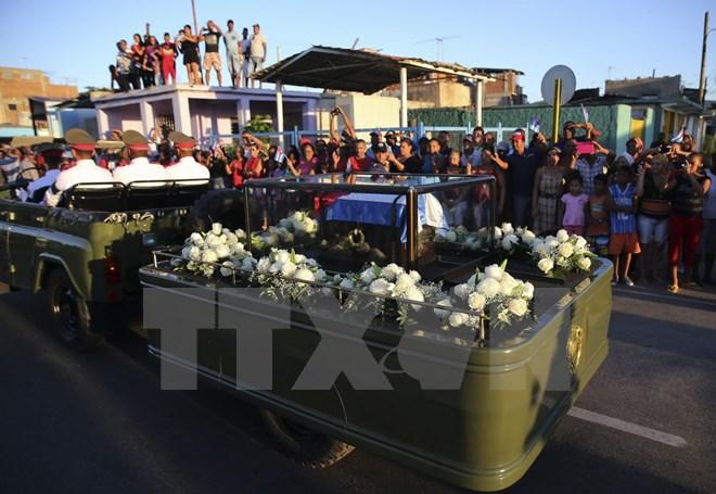 Hình ảnh lễ an táng tro cốt của lãnh tụ Cuba Fidel Castro Ruz  - Ảnh 7.