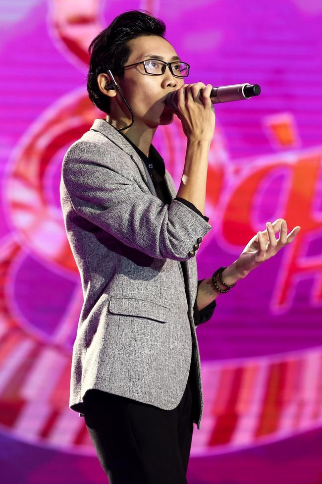 Sing My Song: Hot boy 16 tuổi khiến 4 giám khảo cuống cuồng giành giật vì sáng tác gây nghiện! - Ảnh 8.