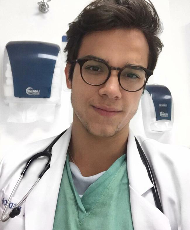 6 anh chàng bác sỹ hot nhất, sexy nhất và được hâm mộ nhất trên Instagram! - Ảnh 7.