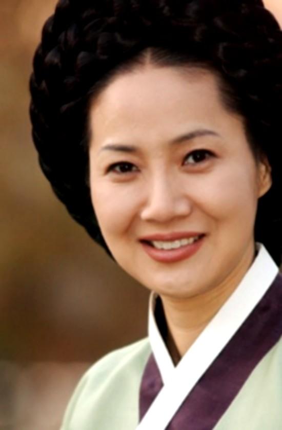 Nàng Dae Jang Geum: Vì sao mãi là phim cổ trang số 1 của xứ Hàn? - Ảnh 7.