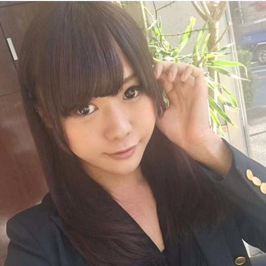 Hành động cởi áo khoe thân gây sốc của hot girl mạng xã hội - ảnh 7