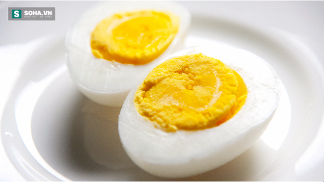 10 lợi ích tuyệt vời khi ăn trứng gà vào bữa sáng - Ảnh 1.