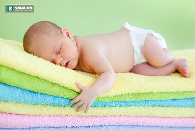 10 cách đơn giản để đặc trị những ông chồng hay ngủ ngáy! - Ảnh 1.