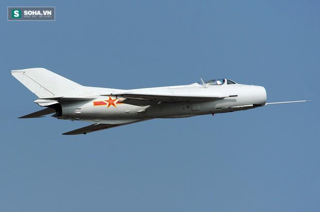 Video cực hiếm về tiêm kích J-6 Trung Quốc trong biên chế KQVN - Ảnh 1.