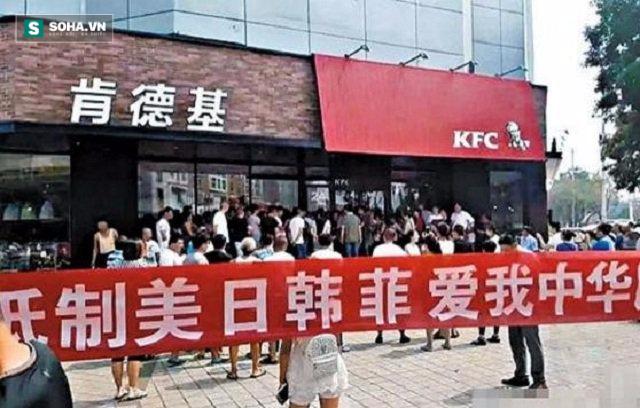 """Chủ nghĩa dân tộc: Con dao 2 lưỡi đã """"cắt"""" vào tay Trung Quốc"""