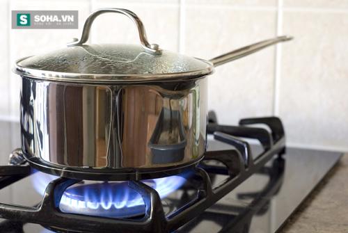 Kết hợp những thao tác này, bạn sẽ tiết kiệm được gas khi đun nấu - Ảnh 1.