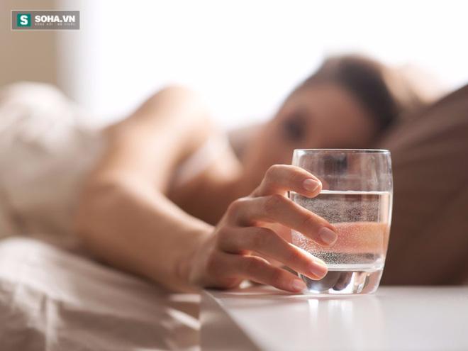 3 thời điểm chỉ cần uống nước cũng có thể tự cứu sống chính mình - Ảnh 3.