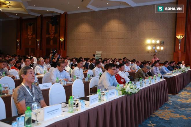 Sau 180 phút Đón Sóng Thực Phẩm Sạch, 60 doanh nghiệp ký cam kết vì sức khỏe người dùng ngay tại Hội thảo - Ảnh 1.