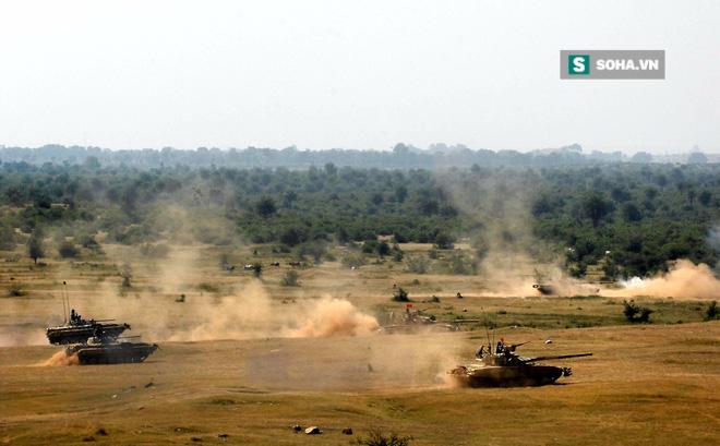 Lính xe tăng Việt Nam tại Nga: Cứ bắn thoải mái! - Ảnh 1.