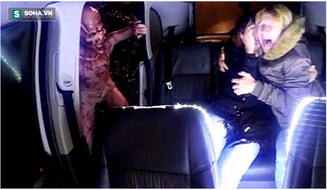 Hành khách đi taxi hoảng loạn vì đối mặt người ngoài hành tinh - Ảnh 2.