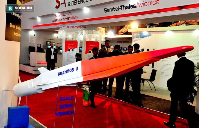 Điều khiến Trung Quốc lo sợ hơn cả tên lửa BrahMos tầm bắn 290km - Ảnh 1.