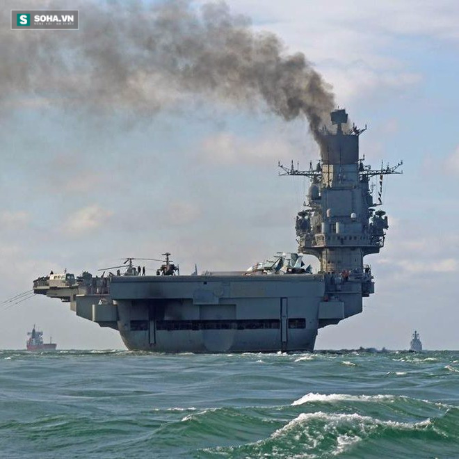 Đừng cười! Ít ra Nga vẫn có tàu sân bay - Ảnh 1.