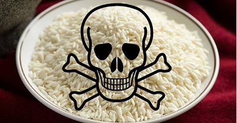Bí quyết dùng một cốc nước để vạch mặt gạo giả xuất xứ từ Trung Quốc - Ảnh 1.