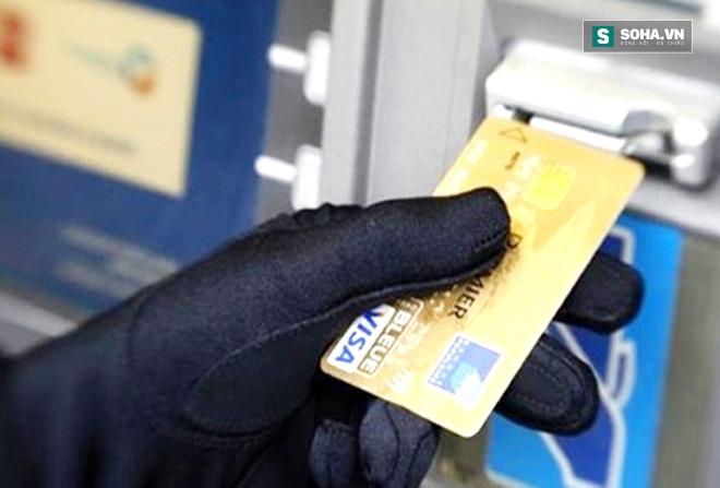 Nguy hiểm chết người từ tờ biên lai ATM vô hại! - Ảnh 3.