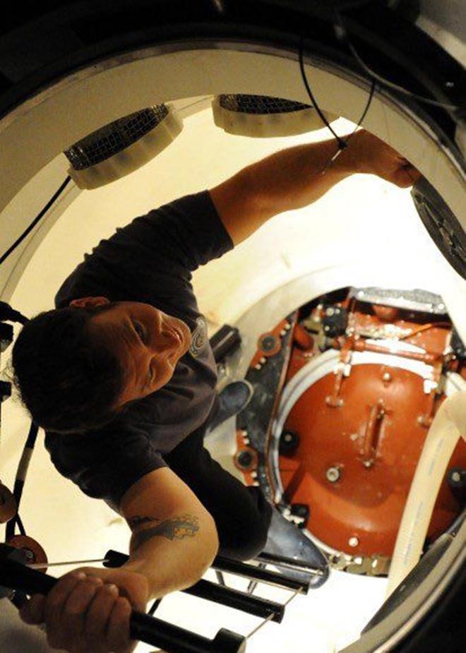 Cuộc sống như đi resort của thủy thủ tàu ngầm Mỹ - Ảnh 2.