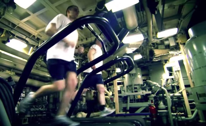 Cuộc sống như đi resort của thủy thủ tàu ngầm Mỹ - Ảnh 9.