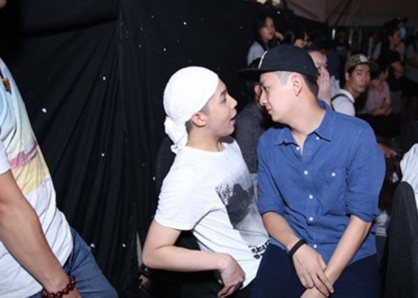 Hành động phì cười của Noo Phước Thịnh khi gặp trai đẹp Việt - Ảnh 4.