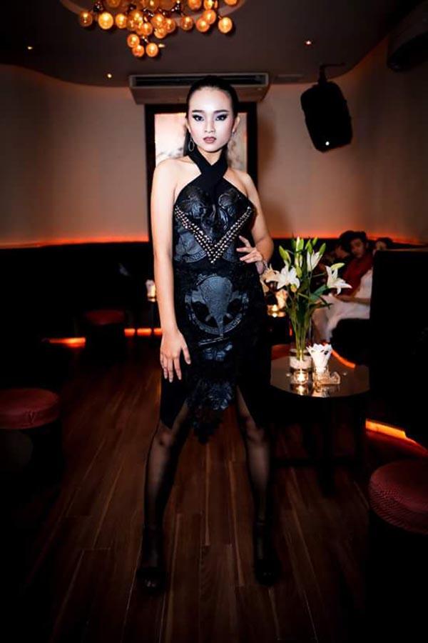 Diện mạo phổng phao của người mẫu 14 tuổi gây xôn xao làng giải trí Việt - Ảnh 5.