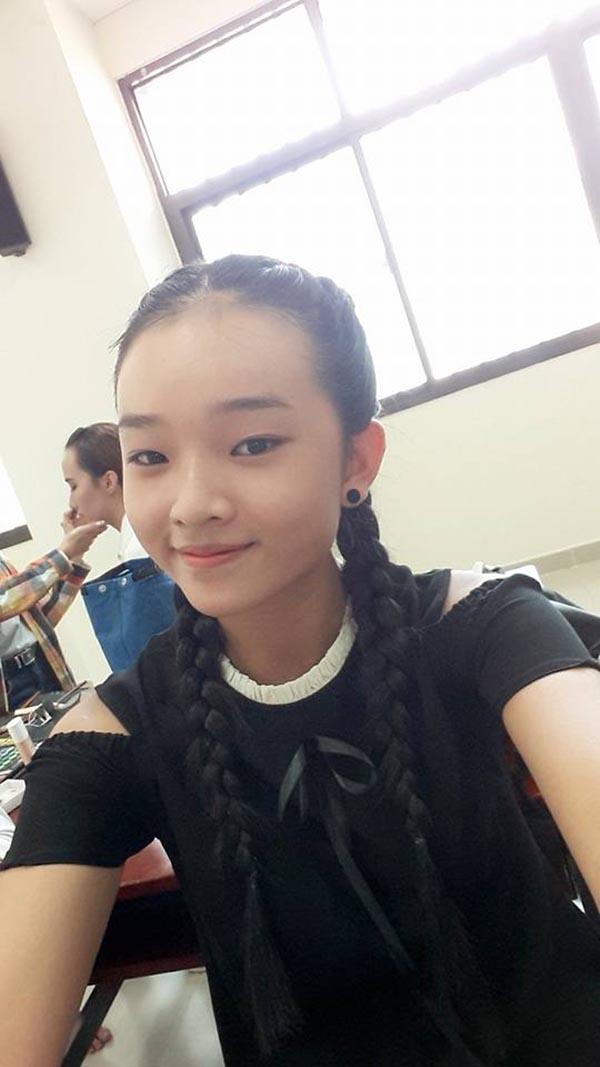 Diện mạo phổng phao của người mẫu 14 tuổi gây xôn xao làng giải trí Việt - Ảnh 15.