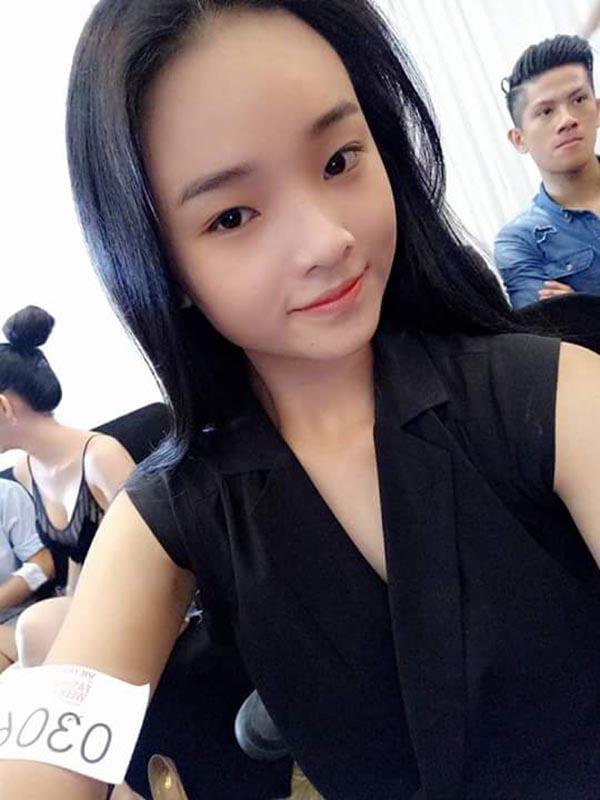 Diện mạo phổng phao của người mẫu 14 tuổi gây xôn xao làng giải trí Việt - Ảnh 10.