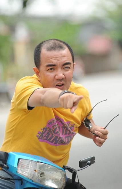 Diễn viên Quốc Thuận: Ba mất, tôi phải mượn tiền đưa xác về quê! - Ảnh 2.